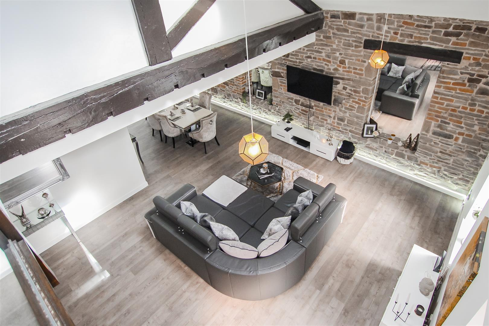 3 Bedroom Duplex Apartment For Sale - Image 42